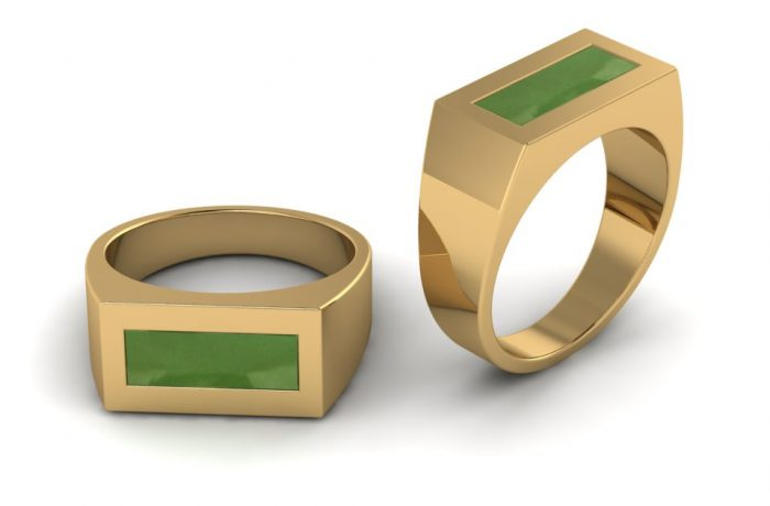 18 ct yellow  Gent ring